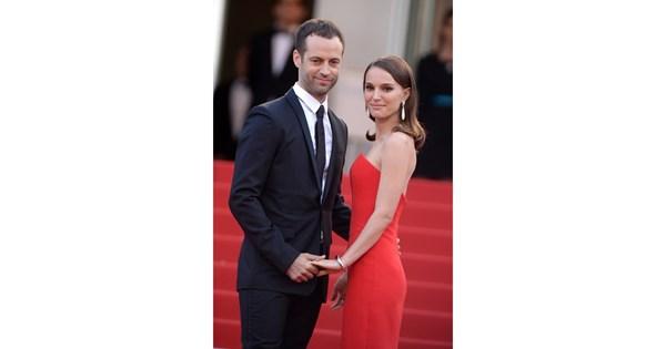 Η σπάνια εμφάνιση της Natalie Portman με τον σύζυγό της, Benjamin Millepied, είναι ο ορισμός του πραγματικού έρωτα