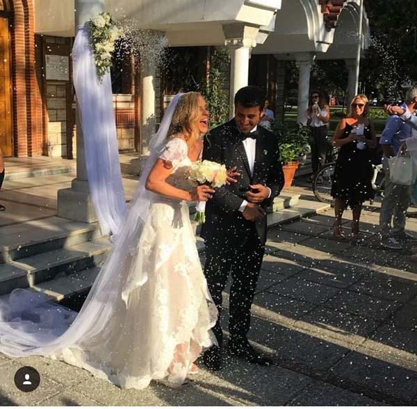 Παντρεύτηκε η Χριστίνα Αλούπη - Δες φωτογραφίες από την τελετή!